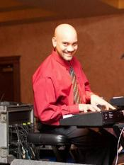 Playing piano with Grupo Knon at the Lalo Rodriguez dance!!!
